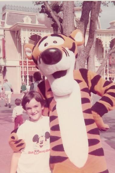 """März 2014  Als Kind war sein größtes Idol """"Tigger"""", heute ist Hank Azaria erfolgreichen Schauspieler und Moderator."""