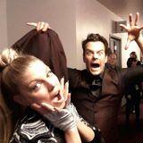 November 2014   Grusel hinter den Kulissen bei den AMAs: Fergie und ihr Mann Josh Duhamel albern rum.