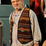 "4. August 2014: Für ""The Family Fang"" steht Anthony Hopkins im Hippie-Outfit vor der Kamera."