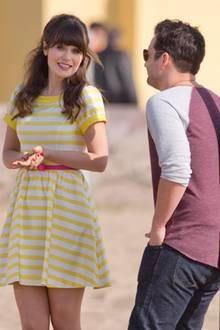 """23. Januar 2014: Zooey Deschanel und ihre Kollegen Hannah Simone, Jake Johnson, Max Greenfield und Lamorne Morris drehen in Venice Beach die neuen Folgen für die Serie """"New Girl""""."""