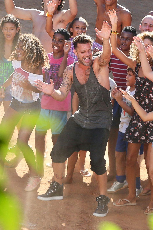 11. März 2014: Ricky Martin ist in Rio de Janeiro, um ein Promo-Video für die Fußballweltmeisterschaft zu drehen.