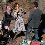 """20. Oktober 2014: Sarah Jessica Parker steht mit Rosie Day und Raul Bova für den Film """"All Roads lead to Rome"""" vor der Kamera."""