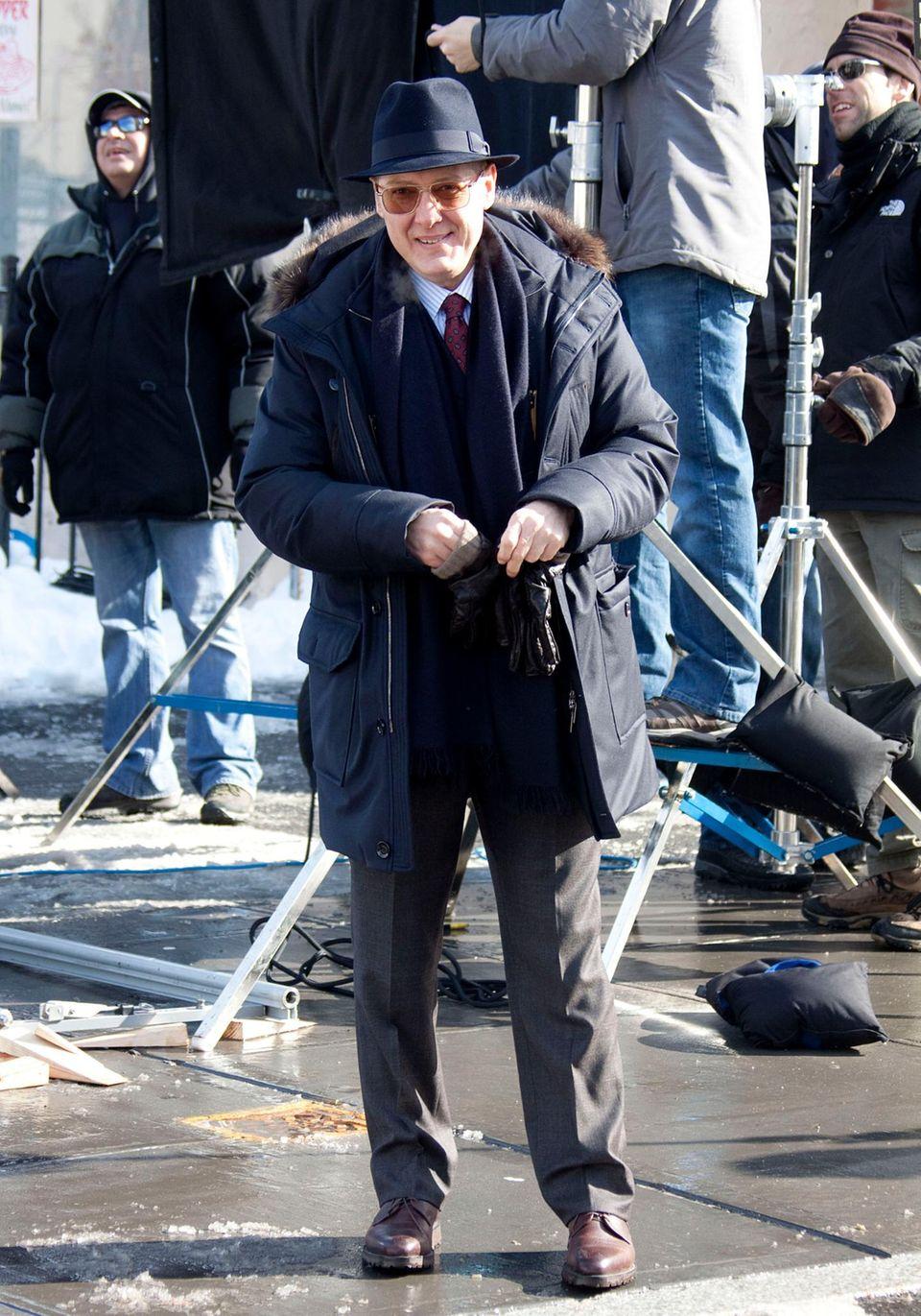 """6. Februar 2014: James Spader steht in New York für """"The Blacklist"""" vor der Kamera."""
