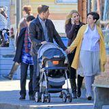 """16. Juli 2014: Josh Dallas und Ginnifer Goodwin stehen knapp zwei Monate nach der Geburt ihres Sohnes wieder gemeinsam für """"Once Upon a Time"""" vor der Kamera."""