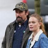 """2. November 2014: Kate Bosworth steht gemeinsam mit John Travolta in Vancouver für """"'Life on the Line"""" vor der Kamera."""