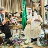 27. Juni 2014: US-Außenminister John Kerry ist bei König Abdullah bin Abdulaziz Al-Saud in Dschidda zu Gast.