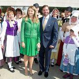 21. April 2014: Gräfin Stéphanie und Erbgroßherzog Guillaume von Luxemburg besuchen einen Antikmarkt in Éimaischen.