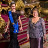 29. Oktober 2014: Königin Letizia und König Felipe empfangen Chiles Präsidentin Michelle Bachelet im Königspalast in Madrid.