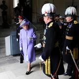 "28. Juni 2014: Queen Elizabeth nimmt an dem ""Solemn Drumhead Service"" im Royal Hospital Chelsea in London teil."