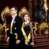 9. Juni 2014: Prinz Felipe und Prinzessin Letizia richten ein Dinner für Mexicos Präsident Enrique Pena im Königspalast in Madrid aus.