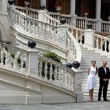 6. Mai 2014: Charlène und Fürst Albert warten vor dem Palast in Monaco auf das Präsidentenpaar aus Montenegro.