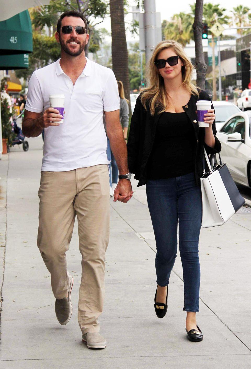 10. April 2014: Kate Upton und ihr Freund Justin Verlander machen einen Spaziergang durch Beverly Hills.