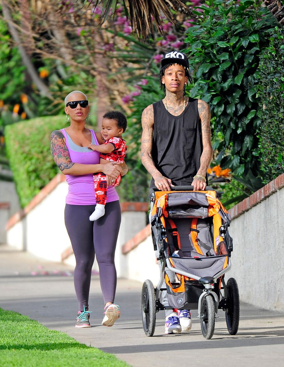 28. Januar 2014: Amber Rose und Wiz Khalifa gehen mit ihrem Sohn Sebastian Taylor in West Hollywood spazieren.