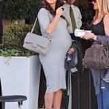 30. November 2014: Die hochschwangere Vanessa Lachey trifft sich zum Essen mit Freunden in Beverly Hills.