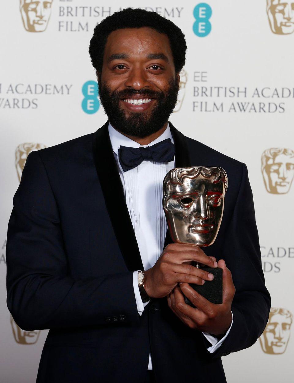 """Chiwetel Ejiofor gewinnt den Preis als bester Hauptdarsteller für seine Rolle in den Sklavendram """"12 Years A Slave""""."""