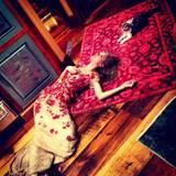 """Stars und ihre Katzen: An Meredith liebt Taylor Swift vor allem, dass sie so freundlich ist und sich immer über Besuch freut. """"Ich bin sehr dankbar für Freundschaften wie diese"""", schrieb Taylor Swift unter das Foto, das sie bei Twitter postete."""
