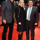 Ralf Möller trifft auf dem roten Teppich Sigmar Gabriel und dessen Frau Anke Stadler.