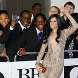 """Jessie J ist für den Preis als """"Beste Sängerin"""" nominiert und spaßt vor der Veranstaltung mit den Fans herum."""