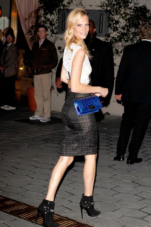 """Das Model Poppy Delevingne auf dem Weg zur Pre-Oscar Party im """"Sunset Tower"""""""