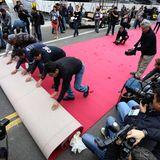 Beim Dolby Theatre wird der rote Teppich ausgerollt, auf dem sich auch in diesem Jahr wieder jede Menge Stars tummeln werden.