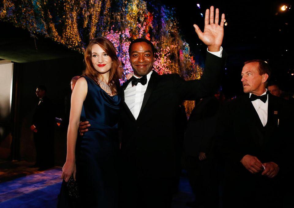 """Chiwetel Ejiofor und seine Freundin Sari Merce feiern auf dem """"Governors Ball""""."""