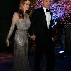 """Brad Pitt und Angelina Jolie kommen zum """"Governors Ball""""."""