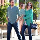 Am St. Patrick's Day ist Alyson Hannigan mit ihrer Familie ganz in Grün in Los Angeles unterwegs.