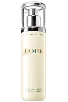 """Lindert Rötungen mit Hafer und Grünem Tee: """"The Cleansing Lotion"""". Von La Mer, 200 ml, ca. 80 Euro"""