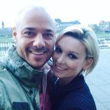 """1. April 2014: """"Bachelor"""" Christian Tews und seine Freundin Katja Kühne schicken ihren Fans via Facebook Grüße aus Dresden."""