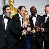 """Die Produzenten von """"12 Years A Slave"""" Anthony Katagas, Jeremy Kliner und Dede Gardner, der Regisseur Steve McQueen und Brad Pitt"""