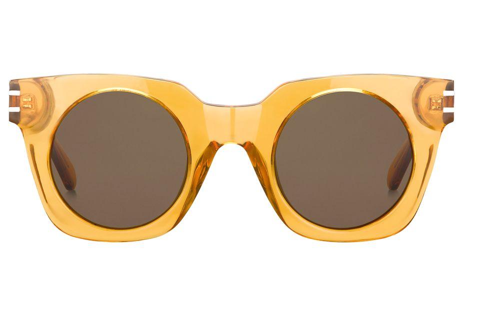 """""""Marcante"""" Brille mit extra breitem, sonnengelbem Rahmen. Von Marc Jacobs, ca. 250 Euro"""