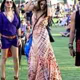 Alessandra Ambrosio tanzt auch an ihrem zweiten Festivalwochenende zur Musik.