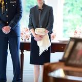Immer dabei ist auch Prinz Georges Kindermädchen Maria Teresa Turrion Borrallo.