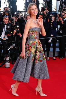 Eva Herzigova in Dolce & Gabbana