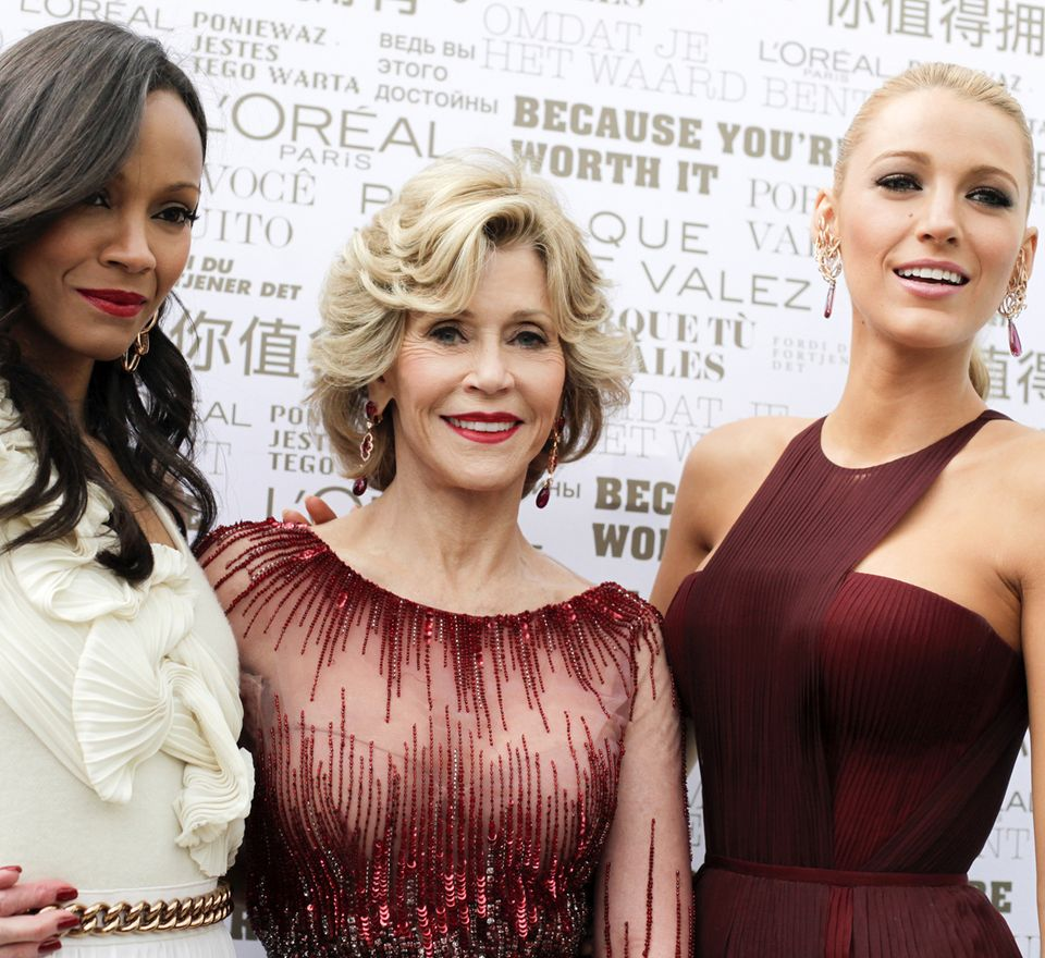 Zoe Saldana, Jane Fonda und Blake Lively treffen sich hier während der 67. Filmfestspiele in Cannes als Schauspielerinnen, aber auch in ihrer Funktion als Stil-Ikonen für die Kosmetikfirma L'Oréal Paris.