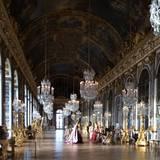 Rachel Roy, Designerin und gute Freundin von Kim, ist besonders fasziniert vom Interieur im Palast von Versailles und teilt dieses Bild bei Instagram.
