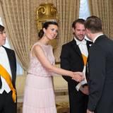 23. Juni 2016  Prinzessin Claire, mit Diadem und elganter Robe, absolviert einen weiteren Auftritt beim abendlichen Empfang.