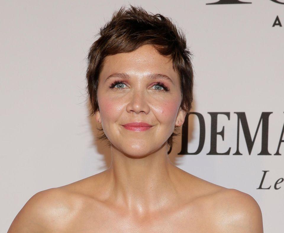 """Auch Maggie Gyllenhaal ist zur Preisverleihung in die """"Radio City Music Hall"""" gekommen."""