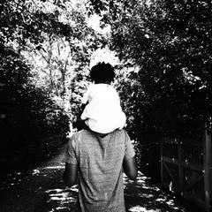 Beyoncé Knowles twittert ein Foto von Ehemann Jay-Z und Töchterchen Blue Ivy.