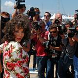 "Joan Collins macht Werbung für ihren FIlm ""The Time Of Their Lives""."