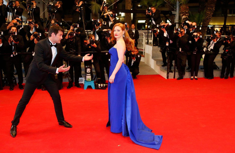 Jessica Chastain posiert auf dem roten Teppich.