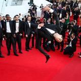 """Bei der Premiere von """"Geronimo"""" zeigt ein Tänzer sein Können."""