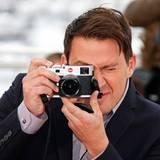 """Beim Photocall zum Film """"Foxcatcher"""" dreht Channing Tatum den Spieß um und fotografiert die Fotografen."""