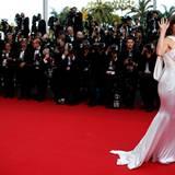 """Hilary Swank kommt zur Premiere ihres Films """"The Homesman"""", der im Cannes-Wettbewerb läuft."""