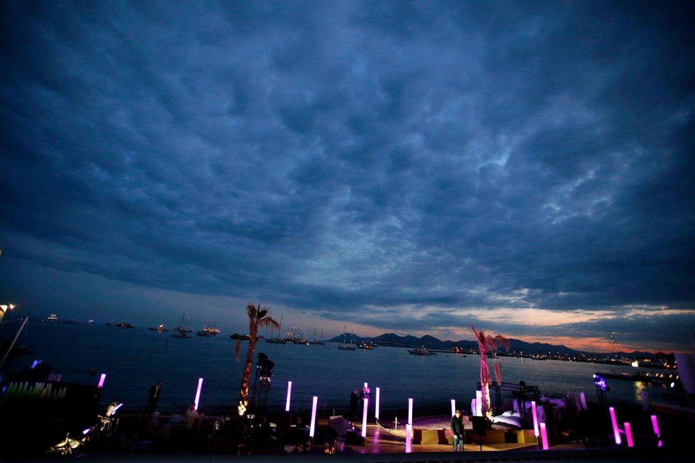 Abendhimmel über der Croisette
