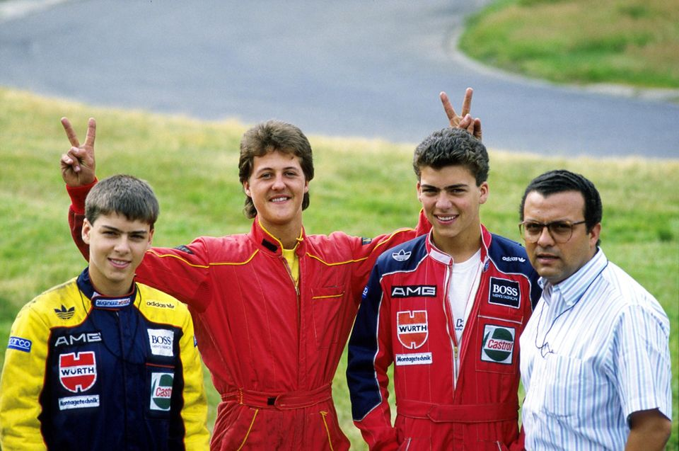 Juli 1988  Da wo alles begann: Michael Schumacher posiert während des Trainings auf der Kartbahn Kerpen-Manheim für ein Foto. Auch als er schon in den Formel-Klassen fuhr, nahm er weiterhin gelegentlich an Kartrennen teil.