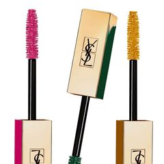 """Mehr Farbintensität: Jetzt können wir die Wimpern in sechs Farben und zwei Topcoats (Silber und Gold) tauchen: """"YSL Mascara Vinyl Couture"""", ca. 32 Euro"""