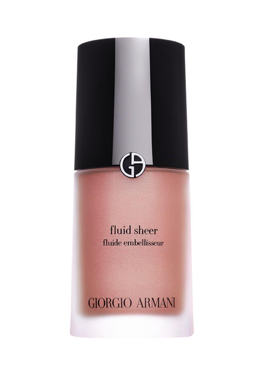"""Mit der Sonne um die Wette strahlen: Armanis jüngstes """"Fluid Sheer"""" bringt einen feinen Farbschimmer auf die Wangen, einen hauchzarten Sommer-Glow. (von Giorgio Armani, fünf Nuancen, 30 ml, ca. 53 Euro)"""