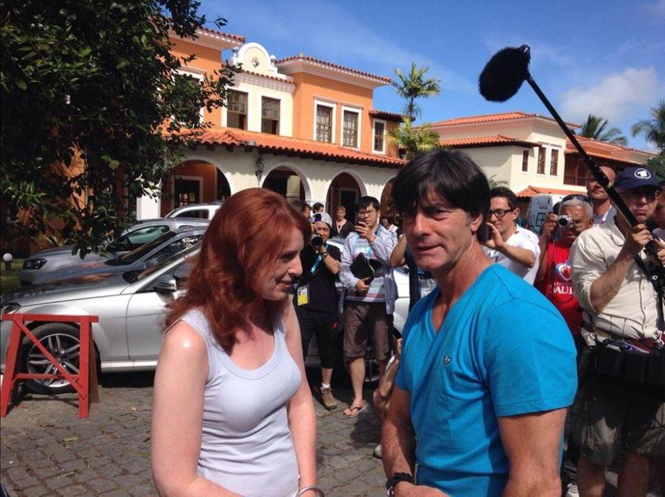 Jogi Löw trifft Monica Lierhaus zum Interview.
