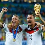 Merte, Klose und Lahm: Bastian Schweinsteiger und Lukas Podolski haben zehn Jahre auf den Titel hingearbeitet.